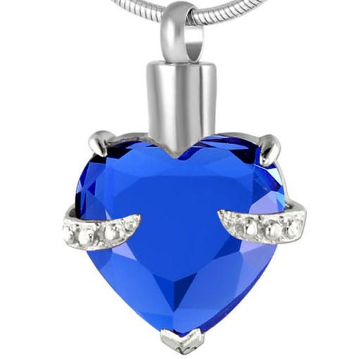 memorial_cremation_jewellery_saphire_heart.jpg